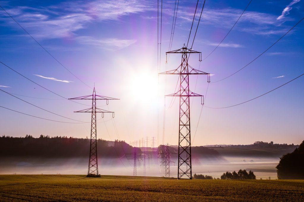 3 formas inteligentes de ahorrar energía (¡y dinero!) en tu negocio